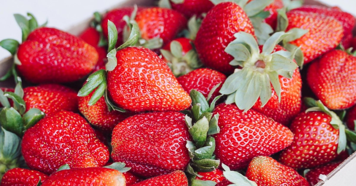 How to Keep Strawberries Fresh for Weeks